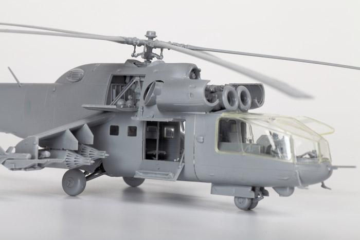 Ударный вертолет Ми-24А.