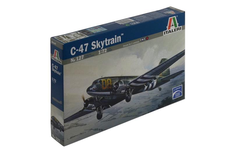 Сборная модель Самолет С-47 Skytrain