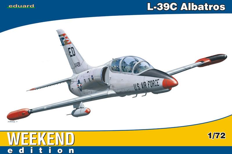 Сборная модель Самолет L-39C