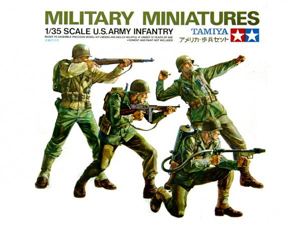 Модель Американские пехотинцы в атаке (4 фигуры) с 8 видами оружия