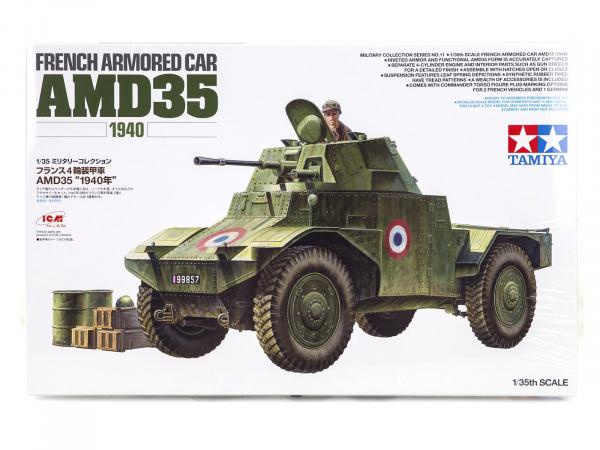 Модель Французский разведывательный бронеавтомобиль AMD 35 с 1 фигу