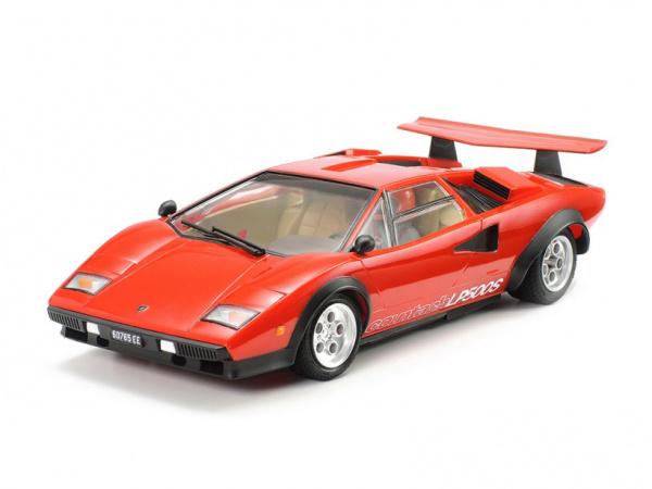 Модель - Lamborghini Countach LP500S с фигурой водителя (1:24).