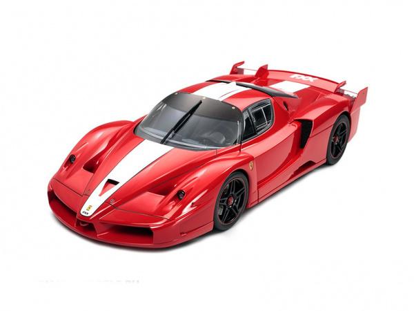 Модель - Ferrari FXX (1:24).