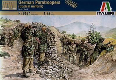 Немецкие десантники в тропической форме Сборная модель