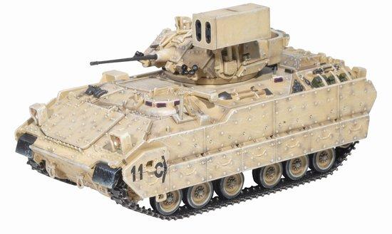 Модель 60359 Танк М6А2 Linebacker