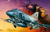 Модель F-4 S PHANTOM