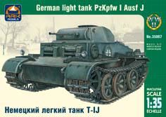 Сборная модель Немецкий легкий танк Т-II J